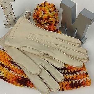 Aris deerskin gloves NWOT VTG 90s